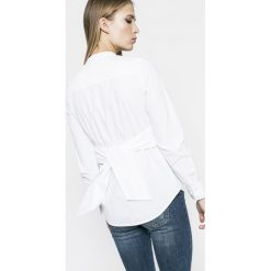 Vero Moda - Bluzka Juljane. Szare bluzki z odkrytymi ramionami Vero Moda, l, z bawełny, casualowe, ze stójką, z krótkim rękawem. W wyprzedaży za 69,90 zł.