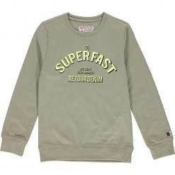 Bluza w kolorze ciemnozielonym. Zielone bluzy chłopięce z nadrukiem Retour Denim de Luxe, z bawełny. W wyprzedaży za 105,95 zł.
