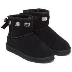 Skórzane botki w kolorze czarnym. Czarne buty zimowe damskie Carla Samuel, na zimę. W wyprzedaży za 249,95 zł.