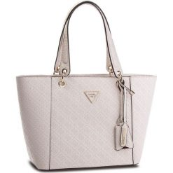 Torebka GUESS - HWSD66 91230 STO. Brązowe torebki klasyczne damskie marki Guess, z aplikacjami, ze skóry ekologicznej, zdobione. W wyprzedaży za 499,00 zł.