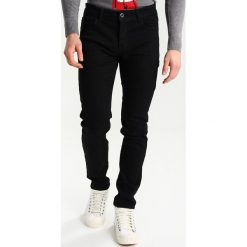 Q/S designed by Jeansy Slim Fit black denim. Czarne rurki męskie Q/S designed by. Za 169,00 zł.