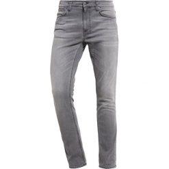 Nudie Jeans LEAN DEAN Jeansy Slim Fit pine grey. Czarne jeansy męskie relaxed fit marki Criminal Damage. Za 589,00 zł.