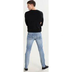 Calvin Klein Jeans SKINNY  Jeansy Slim fit cracle blue. Niebieskie jeansy męskie relaxed fit marki Calvin Klein Jeans. W wyprzedaży za 294,50 zł.