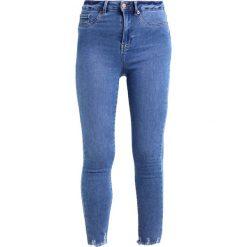 New Look Jeans Skinny Fit bright blue. Czarne jeansy damskie marki New Look, z materiału, na obcasie. Za 169,00 zł.