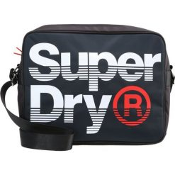 Superdry Torba na ramię navy/optic. Niebieskie torby na ramię męskie Superdry, na ramię, małe. W wyprzedaży za 224,10 zł.