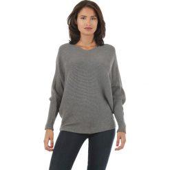 Sweter w kolorze antracytowym. Szare swetry klasyczne damskie marki L'étoile du cachemire, z kaszmiru. W wyprzedaży za 129,95 zł.