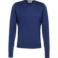 John Smedley BOBBY Sweter indigo. Niebieskie swetry klasyczne męskie John Smedley, m, z materiału. W wyprzedaży za 545,35 zł.