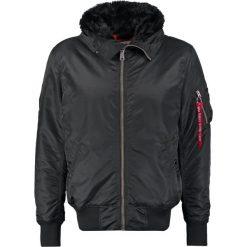 Alpha Industries HOODED STANDART FIT Kurtka przejściowa black. Czarne kurtki męskie przejściowe marki Alpha Industries, m, z aplikacjami. Za 629,00 zł.