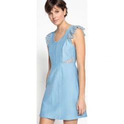 Sukienki hiszpanki: Krótka sukienka z koronką, dekolt w serek