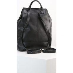 Zign Plecak black. Czarne plecaki damskie Zign. W wyprzedaży za 271,20 zł.