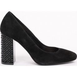 CheBello - Czółenka. Czarne buty ślubne damskie marki CheBello, z materiału, z okrągłym noskiem, na obcasie. W wyprzedaży za 199,90 zł.