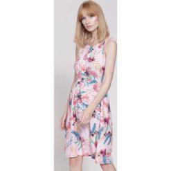 Sukienki: Różowa Sukienka Spring Party