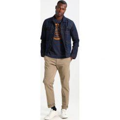 Chinosy męskie: Sisley Spodnie materiałowe beige
