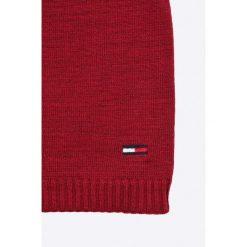 Tommy Hilfiger - Czapka. Czerwone czapki damskie TOMMY HILFIGER, na zimę, z dzianiny. W wyprzedaży za 79,90 zł.