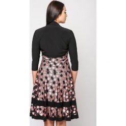 Sukienki balowe: Rozkloszowana sukienka mr-622
