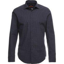 Seidensticker SLIM NEW KENT Koszula dark blue. Niebieskie koszule męskie slim Seidensticker, m, z bawełny, z klasycznym kołnierzykiem. Za 349,00 zł.