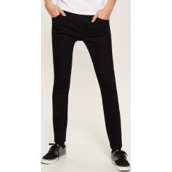 Jeansy super skinny - Czarny. Czarne jeansy męskie skinny House. Za 89,99 zł.