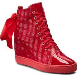 Sneakersy R.POLAŃSKI - 0834 Czerwony 3D. Czarne sneakersy damskie marki R.Polański, ze skóry, na obcasie. W wyprzedaży za 299,00 zł.