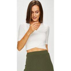 Answear - Bluzka. Szare bluzki z odkrytymi ramionami marki ANSWEAR, l, z dzianiny, casualowe. W wyprzedaży za 47,90 zł.