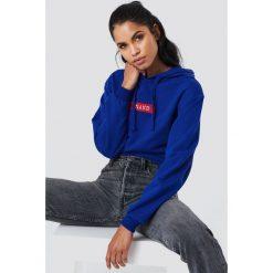 NA-KD Bluza z kapturem i logo NA-KD - Blue. Niebieskie bluzy z kapturem damskie marki NA-KD, z długim rękawem, długie. W wyprzedaży za 113,37 zł.