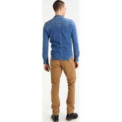 Chinosy męskie: Santa Monica ERICSON Spodnie materiałowe stone