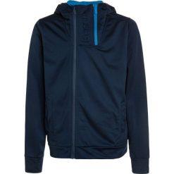 Bench TRICOT DOUBLE ZIP TRACK Kurtka sportowa dark navy blue. Niebieskie kurtki chłopięce przeciwdeszczowe Bench, z materiału, sportowe. W wyprzedaży za 152,10 zł.