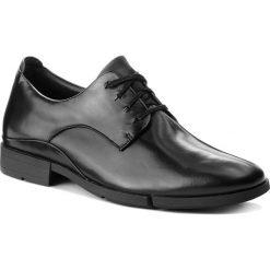 Półbuty CLARKS - Daulton Walk 261269327 Black Leather. Czarne półbuty skórzane męskie Clarks. W wyprzedaży za 249,00 zł.