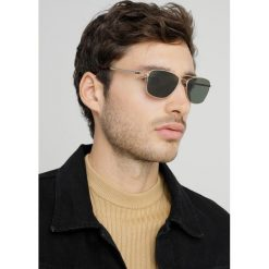 GANT Okulary przeciwsłoneczne gold/green polarized. Żółte okulary przeciwsłoneczne męskie wayfarery GANT. Za 689,00 zł.