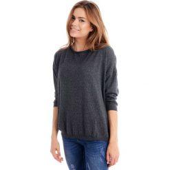Sweter - 8-838 GRI MED. Szare swetry klasyczne damskie marki Unisono, l, z bawełny, z klasycznym kołnierzykiem. Za 69,00 zł.