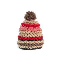 Czapka damska kolorowa na zimę beżowa. Brązowe czapki zimowe damskie marki Art of Polo, na zimę, w kolorowe wzory. Za 30,84 zł.