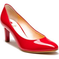 Półbuty HÖGL - 0-186004 Red 4000. Czerwone creepersy damskie HÖGL, z lakierowanej skóry, eleganckie, na obcasie. Za 429,00 zł.