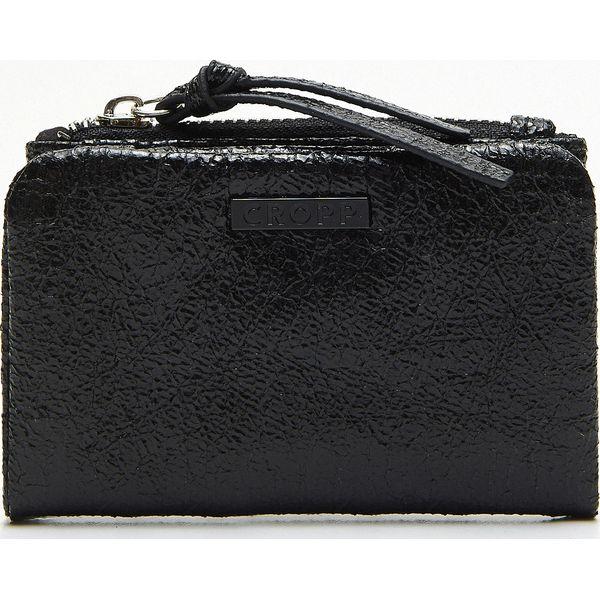 2fef1567b5289 Portfel - Czarny - Czarne portfele damskie Cropp, bez wzorów. Za 39 ...