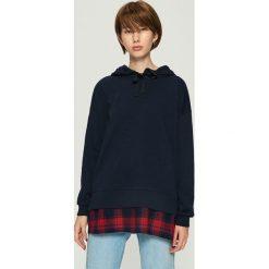Bluza z koszulowym panelem - Granatowy. Niebieskie bluzy damskie Sinsay, l. Za 69,99 zł.