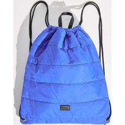 Pikowany plecak worek - Niebieski. Niebieskie plecaki damskie Sinsay. Za 39,99 zł.