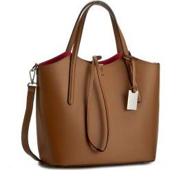 Torebka CREOLE - K10318  Brązowy/Czerwony. Brązowe torebki klasyczne damskie Creole, ze skóry. W wyprzedaży za 229,00 zł.