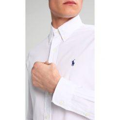 Polo Ralph Lauren CUSTOM FIT Koszula white. Szare koszule męskie marki Polo Ralph Lauren, l, z bawełny, button down, z długim rękawem. Za 439,00 zł.