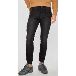 Pepe Jeans - Jeansy Gunnel. Czarne jeansy męskie regular Pepe Jeans. W wyprzedaży za 349,90 zł.