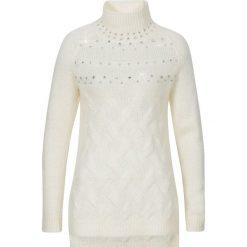 Sweter ze stójką bonprix biel wełny. Białe swetry klasyczne damskie bonprix, z dzianiny, ze stójką. Za 44,99 zł.