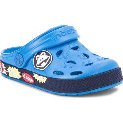 Klapki COQUI - Froggy 8802 Sea Blue/Navy. Niebieskie klapki chłopięce marki Coqui, z tworzywa sztucznego, na klamry. Za 59,99 zł.