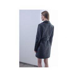 Płaszcz z podwójnym rękawem. Niebieskie płaszcze damskie wełniane marki Reserved. Za 799,00 zł.