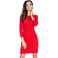 Sukienki: Tera – sukienka z pęknięciem w dekolcie czerwony