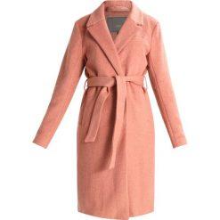 Płaszcze damskie pastelowe: ICHI SUNO Płaszcz wełniany /Płaszcz klasyczny cedar wood