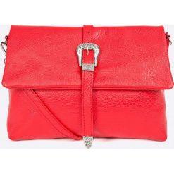 Answear - Torebka skórzana. Czerwone torebki klasyczne damskie ANSWEAR, w paski, z materiału, średnie. W wyprzedaży za 149,90 zł.