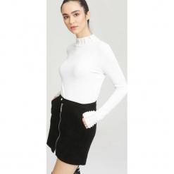 Biały Sweter Remember. Białe swetry klasyczne damskie other, na jesień, l. Za 59,99 zł.