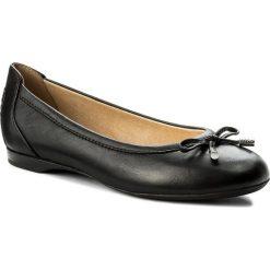 Baleriny GEOX - D Lamulay D D825DD 00085 C9999 Black. Czarne baleriny damskie lakierowane Geox, ze skóry ekologicznej, na płaskiej podeszwie. W wyprzedaży za 279,00 zł.