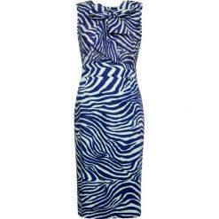 Sukienka. Niebieskie sukienki z falbanami Simple, na imprezę, z tkaniny, z kokardą, dopasowane. Za 299,90 zł.