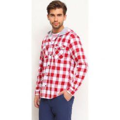 KOSZULA DŁUGI RĘKAW MĘSKA REGULAR FIT. Czerwone koszule męskie marki Cropp, l, z kapturem. Za 69,99 zł.