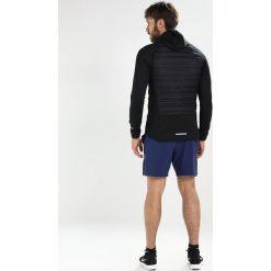 Nike Performance AEROLOFT  Kurtka do biegania black/black/(metallic silver). Niebieskie kurtki do biegania męskie marki Nike Performance, m, z materiału. W wyprzedaży za 539,25 zł.