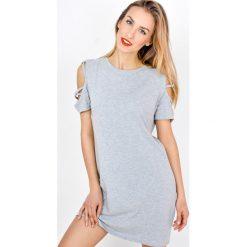 Sukienki: Sukienka z przeplatanym rękawkiem