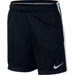 Nike Spodenki męskie Y NK DRY SQD SHORT JAQ KZ czarny r . L. Czarne spodenki sportowe męskie Nike, l. Za 99,00 zł.